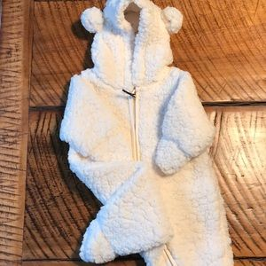 H&M Bear Suit 1-2 Months